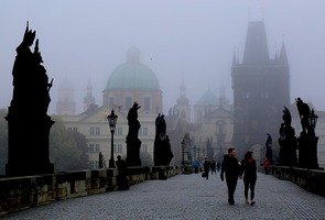 Prague-in-the-morning-689894_640
