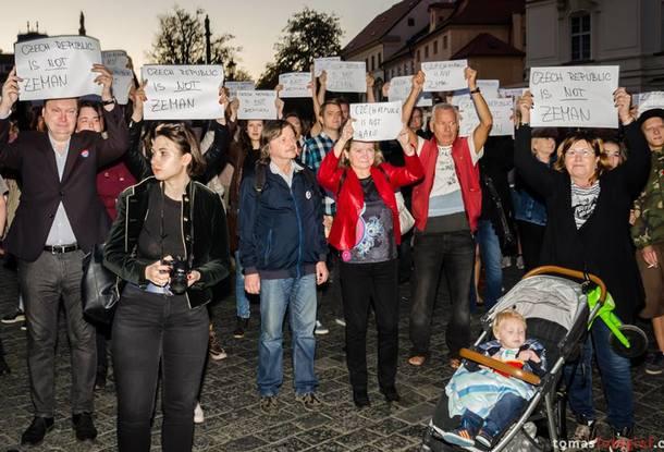 Руководитель Крыма: «Считаю предложение президента Чехии окомпенсациях аморальным»