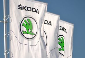 Skoda-flags-logo-678x381