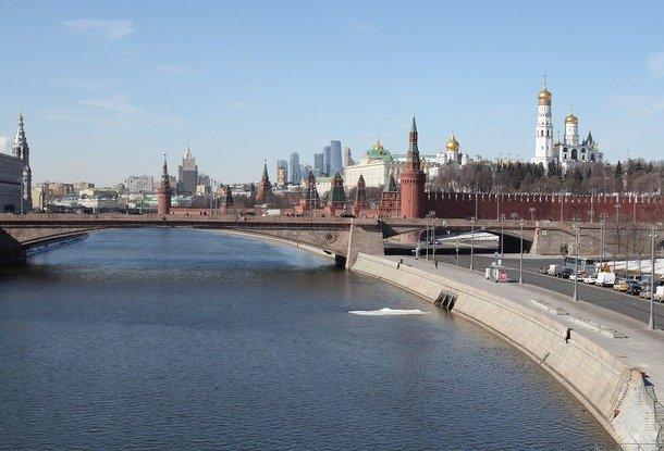 Захарова: Великобритания пробует решить собственные задачи, выставляя Российскую Федерацию противником