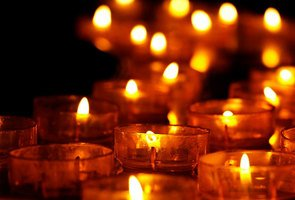 Tea-lights-3612508_1280