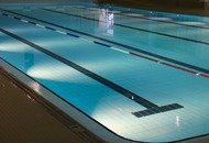 Indoor-swimming-pool-735309_1920